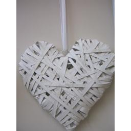 New Large Flat Wicker White Rustic Heart With White Hanging Ribbon 30cm LKG3