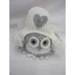 New Christmas Decoration Fabric Sitting Owl With Hat And Grey Heart CHE17