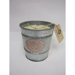 New St Eval Large Logo Bucket Tin Candle 90 Hour Burn Time Fig Leaf