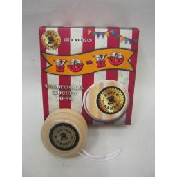 New Retro Games Traditional Wooden Yo-Yo RFS10237