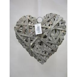 "New Rustic Wicker Heart Grey Large 26cm 10"" LNY8 White Ribbon"
