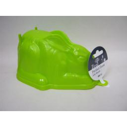 New Zeal Green Plastic Rabbit Shape Jelly Mould L31