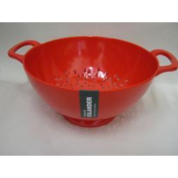 New Zeal Melamine Medium Kitchen Colander 20cm G210 Red