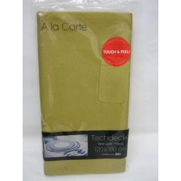 New A La Carte Cloth Like Airlaid Table Cover Oblong 120cm x 180cm Gold
