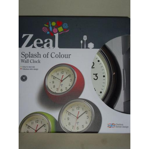New Zeal Spalsh Of Colour Wall Clock Black G98BK