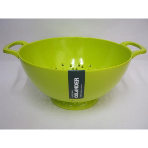 New Zeal Melamine Medium Kitchen Colander 20cm G210 Lime Green