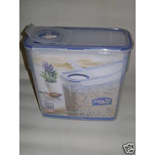 New Lock and & Lock Pasta 3.4ltr Food Container HPL713F