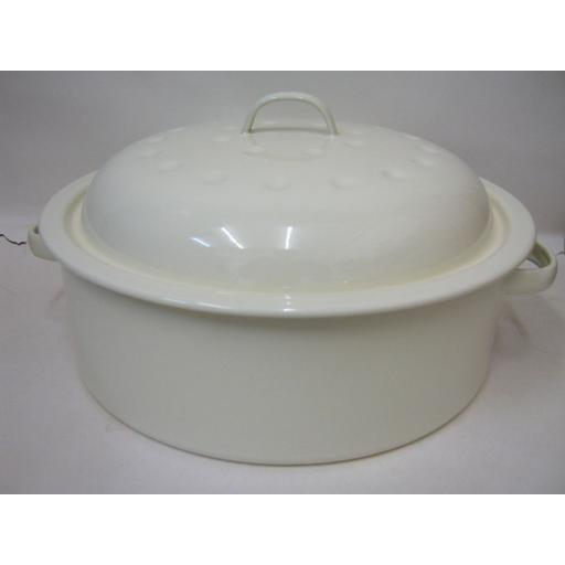New Victor Cream Round Enamel Casserole 26cm EN390C Slight Damage Chip