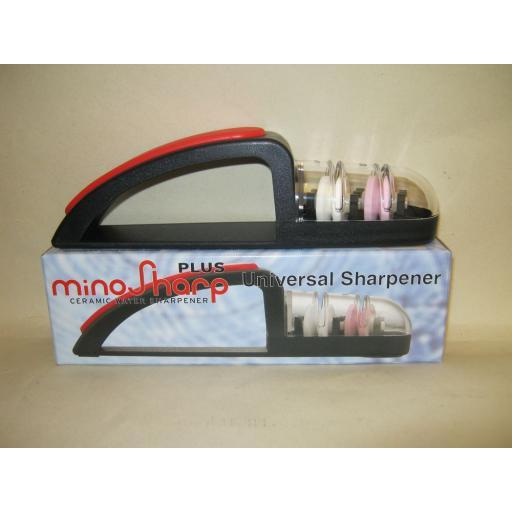 New Mino Sharp Plus Universal Ceramic Water Knife Sharpener Black Red 440/BR
