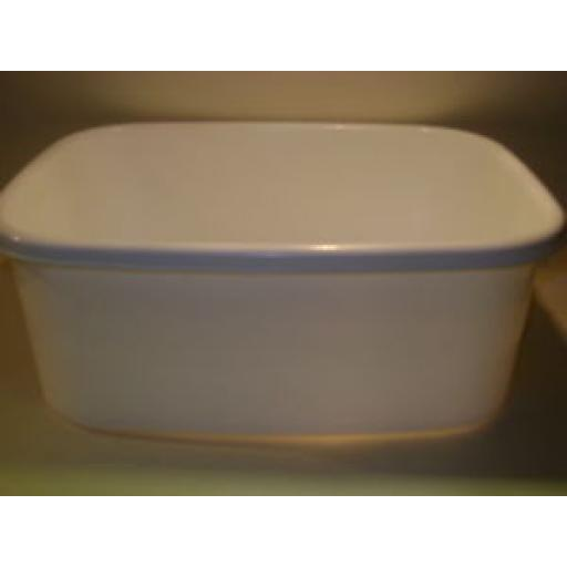 "New Lucy White Small Oblong Plastic Washing Up Bowl 33cm 13"" Slight Seconds"