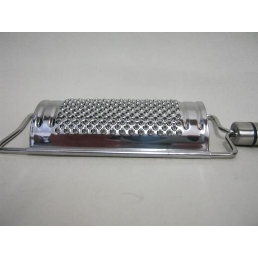 New Kitchen Craft Hand Held Stainless Steel Cheese Grater Curved KCPROCG