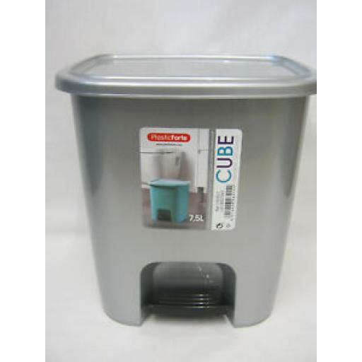 Alberto Forte Small Waste Pedal Bin Bathroom Kitchen Silver Plastic 7.5Ltr