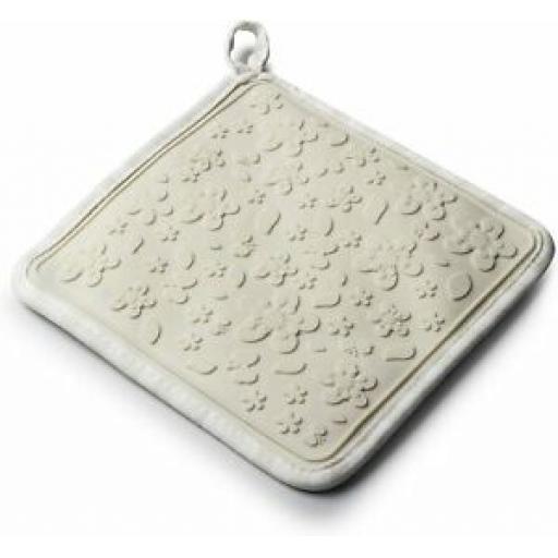 Zeal Heat Resistant Silicone Hot Grab Mat Square Trivet V107 Cream Gingham 20cm