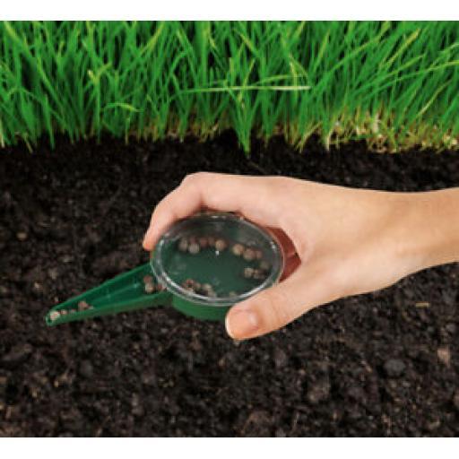 Ambassador Green Plastic Dial Seed Sower SGS310