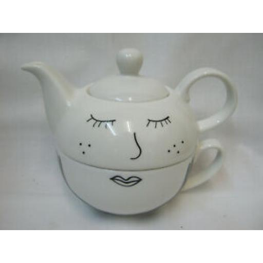 DMD The English Tableware Company Looking Good Tea For One Teapot DD3666A01